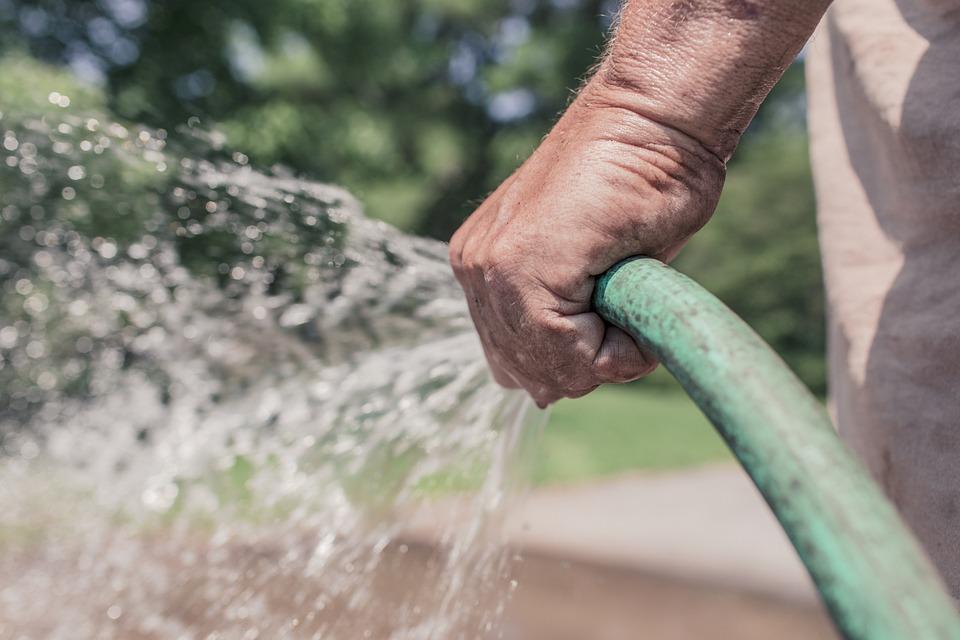 garden hose 413684 960 720